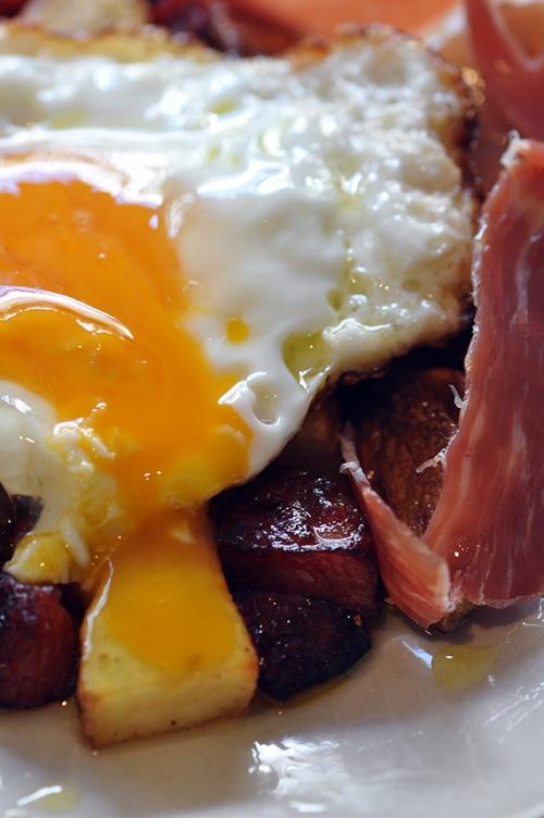 Huevos Rotos Broken Eggs Trissalicious