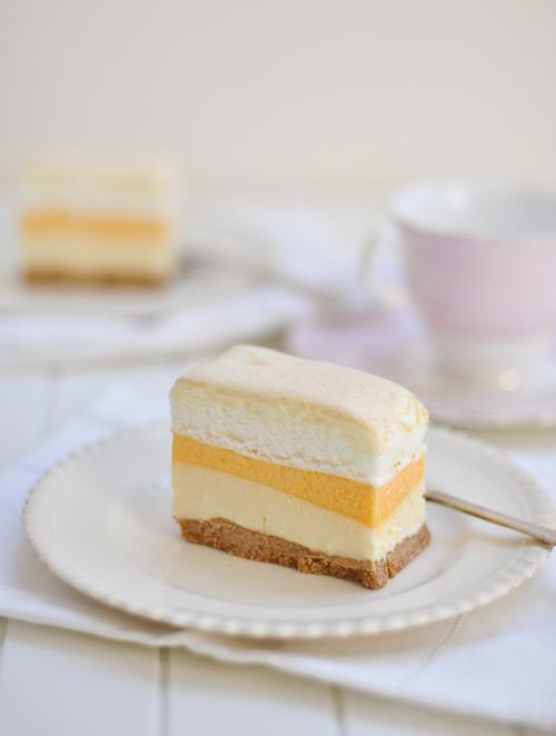 Frozen Brazo de Mercedes Cake