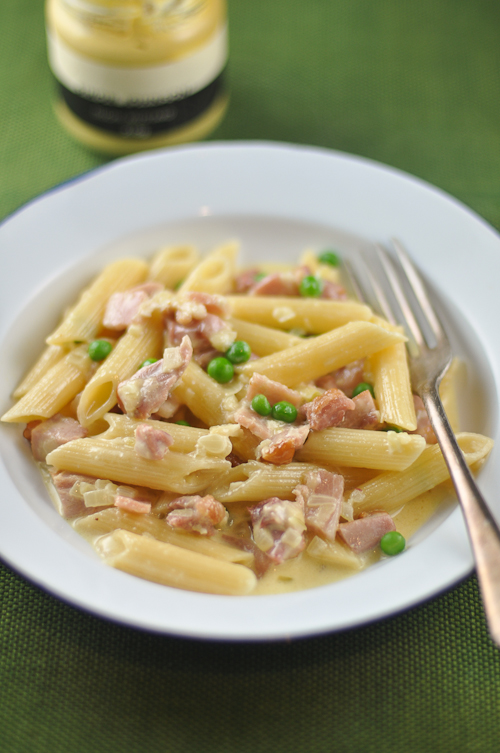 Penne Pasta with Chicken, Bacon and Mustard Sauce